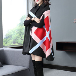 batwing cloak coats Canada - 2020 Autumn Winter Trench Coat Women Mid Long Cloak Shawls Batwing Sleeve Wool Blends Coat Female Loose Fit Plaid Outerwear Cape