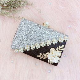 handmade flowers clutch 2019 - BEAU-Handmade Flowers Evening Bag Ladies Luxury Pearl Stitching Sequins Scrub Clutch Bridesmaid Bride Wedding Wallet che