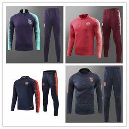 d9074289ac29f Mejor venta al por mayor 2018 2019 Chándales de Barcelona SUAREZ chaqueta  O.DEMBELE jersey de fútbol messi Coutinho FCB trajes de entrenamiento de  manga ...