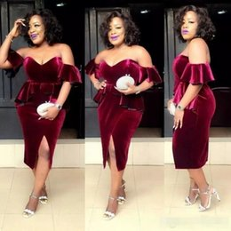 $enCountryForm.capitalKeyWord Australia - Burgundy Plus Size Short Evening Dresses Velvet Off the Shoulder Sheath Capped Sleeves Front Slit 2019 Newest Peplum Cocktail Party Gown