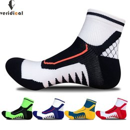 Short Compression Socks NZ - VERIDICAL 5 pairs lot cotton compression socks man Professional Thick short socks autumn and winter meias masculino ankle