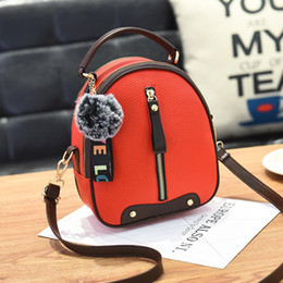 $enCountryForm.capitalKeyWord Australia - Women Hairball Ornaments Handbag Famous Brand Pu Leather Lady Handbags Luxury Shoulder Bag Large Capacity Crossbody Bag Tote Sac