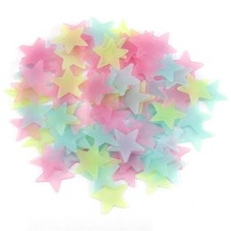 Stars Wall For Baby Room UK - 4 Color 3cm Star Wall Stickers Stereo Plastic Luminous Fluorescent Paster Glowing In The Dark Decals For Baby Room