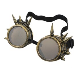 Discount cosplay goggles - Fashion Men Women Welding Goggles Gothic Steampunk Cosplay Antique Spikes Vintage Glasses Eyewear Goggles Punk Rivet