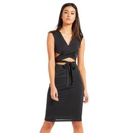 f0c29fefa Mujeres sexy bodycon dress wrap cruz hollow out vendaje vestidos rosados  brasil nightclub discoteca lápiz dress 2018 robe femme