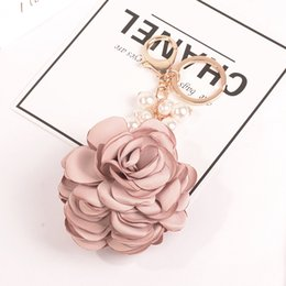 Resin Rose floweR Ring online shopping - porte clef Charm New Rose Flowers Keychain Key Chain Gold Color Bow Chain Pearls Bead Key Ring Porte Clef Bag Charm Pendant
