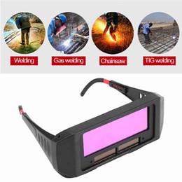 Mask auto solar online shopping - Solar Auto Darkening Welding Protective Gear Helmet Goggles Welder Eyes Protector Glasses For cutting welding Soldering Mask