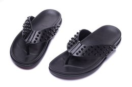 $enCountryForm.capitalKeyWord Australia - 2019Newly Designed Red Bottom Shoes Fashion Slippers With Spikes High Quality Genuine Leather Flip Flops For Mens