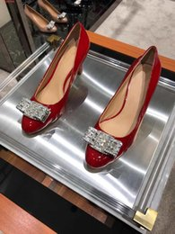 $enCountryForm.capitalKeyWord Australia - Hot Sale-2019 new Famous brand designer Black and red pink Diamond decoration Round head Pure and fresh joker