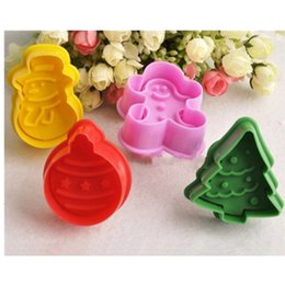 Mold Cutters Australia - 4Pcs Christmas Cookie Biscuit Cutters Set Bread Fondant Cake Mold Baking Tool