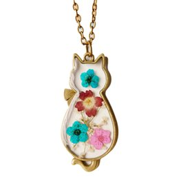 $enCountryForm.capitalKeyWord UK - Vintage Dried Flower Handmade Epoxy Resin Necklace Girl Cat Neck Pendant Women Bronze Jewelry
