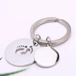 keying chain UK - Personalized Engraved Silver Baby Footprint Round Charm Key chain Mother's Key ring Father's Commemorate Keychain Gift