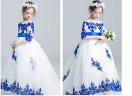 Royal Wedding Pictures NZ - 2019 Royal Blue Applique Flower Girls Dresses For Wedding White Tulle Off shoulder with Sleeves Princess New Cheap First Communion Dress