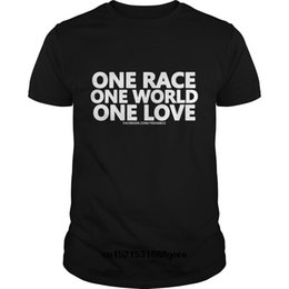 worlds funniest t shirts UK - Wholesale Discount Funny T Shirt One Race One World One Love Mug Tshirt Men Tee