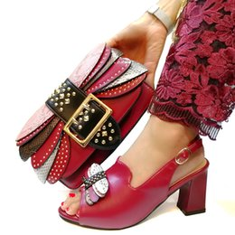 Wine Color Shoes Australia - New Arrival Wine Color African Women Matching Italian Shoes and Bag Set Decorated with Rhinestone Italian Ladies Shoe and Bag