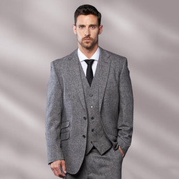 $enCountryForm.capitalKeyWord Australia - Tailored Made Grey Tweed Men Suits Classic Formal Business Party Prom Suits 3 Piece Men Suits With Pants Tuxedo Terno Masculino