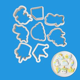 $enCountryForm.capitalKeyWord UK - 8pcs set Innovative Unicorn Cookie Cutter DIY Fondant Chocolate Cake Embossing Stencil Mold Biscuit Mold Baking Tool