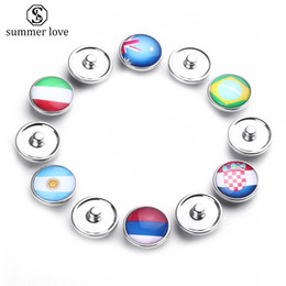 Wholesale New Arrival Flag Glass Snap Button Charms for Bracelet Keychain World Cup Football Team Diy Charm Fashion Jewelry Accessories