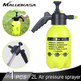 Wholesale 2L Hand Held Compression Sprayer Pump Action Sprayer High Pressure Foam Gun Car Cleaning Tool Deep Cleaning Dust Remover