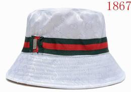 $enCountryForm.capitalKeyWord UK - 2019 Outdoor Bucket Hats for men women designer Fisherman Cap Camping Hunting Chapeau bob Bucket Hat luxury Summer Sun Beach Fishing Caps
