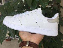Toptan satış Adidas Siyah Rahat Ayakkabılar Dantel Up Tasarım Konforu Pretty Kız Kadın Sneakers Casual Deri Ayakkabı Erkekler Bayan Sneakers Son Derece Dura ...