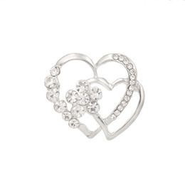 $enCountryForm.capitalKeyWord Australia - baiduqiandu Heart to Heart Shape Badge Clothes Clothing Decoration Wedding Unique Design Women DIY Bouquet Bridal Accessories