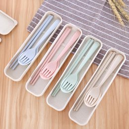 $enCountryForm.capitalKeyWord NZ - Eco-friend Portable Cutlery Set Wheat Straw Chopstick Fork Spoon 3-Piece Flatware Set With Box Tableware Dinnerware Set Useful Wedding Gifts