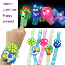glow animals toys NZ - Kids Toys Light Flash Toys Wrist Hand Take Dance Party Dinner Party High Quality Toys Glow In The Dark brinquedo Gift