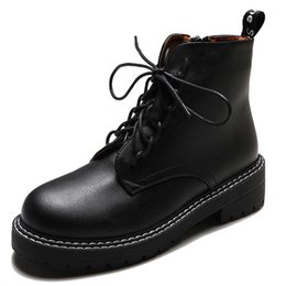 $enCountryForm.capitalKeyWord Australia - Luxury Martin Booties for Women Winter Fashion Trend Vintage Classic Style Durable Black Ankle Boots Girls Ladies Like Vogue Casual Shoes