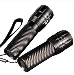 Chinese  3 model led flashlights portable aluminium alloy Zoom telescopic flashlights torch dry batteries power sos flashing lights torch lamps manufacturers