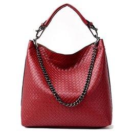 Luxury Chains Australia - 2019 New Women Handbag Simple Fashion Lady Shoulder Bag Women High Quality Leather Chain Big Tote Luxury Women Crossbody Bag