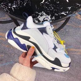 2019 Multi Luxo Triplo S Designer Low Old Pai Sneaker Combinação Solas Botas Mens Moda Feminina Sapatos Casuais Alta Qualidade Superior Tamanho 36-45 venda por atacado