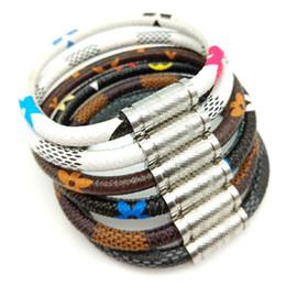 Silver bracelet patternS online shopping - Luxury Designer Women Bracelets Stainless Steel Magnet Buckle Pattern Leather Bracelet Fashion Jewelry for Men Women