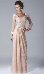 $enCountryForm.capitalKeyWord Australia - 2019 New Vintage Champagne Mother of the Bride Dresses Square Neckline Long Sleeved Lace Chiffon Evening Gowns