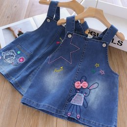 $enCountryForm.capitalKeyWord Australia - Girls denim suspender dress 2019 autumn new kids Bows rabbit hedgehog embroidery cowboy dress children cartoon jean dress F8428