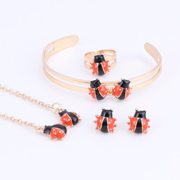 Discount indian baby jewelry Cute Ladybug Baby and Kids Jewelry Sets Gold Color Children Dubai Jewelry Set Necklace Bracelet Earrings Ring Jewellery