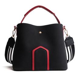 $enCountryForm.capitalKeyWord Australia - Free2019 Woman Bag Handbag Bale Joker Single Shoulder Satchel The Tide Barrel Package