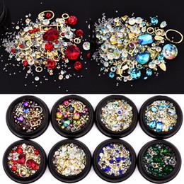 venda por atacado Mulher 3D DIY Decorações Nail Art Beleza Magic Crystal Rhinestone Gem Stone Geometria Cruz design de unhas Charms pulseira acessório Ferramenta de 4 centímetros Box