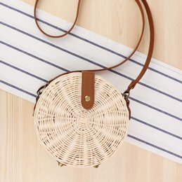 $enCountryForm.capitalKeyWord Australia - Factory wholesale women handbag summer new simple round straw bag hand-woven natural rattan women shoulder bag forest round messenger bag