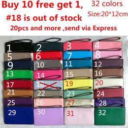 b9e0e990c Diseñador de la marca 32 colores carteras de cuero para mujer pulseras  bolsos de embrague con cremallera Bolso de la tarjeta monederos