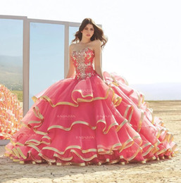 dresses 15 anos UK - 2020 Sweetheart Water Melon Ball Gown Quinceanera Dresses Beaded Tiered Skirts Lace Floor Length vestido de 15 anos Sweet 16 Dress