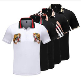 Italia diseñadores polo camiseta camisetas Luxurys Marcas serpiente abeja bordado floral para hombre polos High street moda impresión de la raya polo camiseta en venta