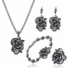 Resin Rose floweR eaRRings online shopping - 4pcs Vintage Black Crystal Rose Flower Jewelry Sets Bridal Wedding Party Jewelry Sets Rhinestone Crystal Flower wedding Jewelry Accessories