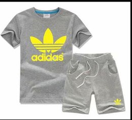 Hot Boys Winter T Shirt Australia - Baby Boys And Girls Designer T-shirts And Shorts Suit Brand Tracksuits 2 Kids Clothing Set Hot Sell Fashion Summer Children's T5232