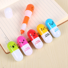 $enCountryForm.capitalKeyWord Australia - Lovely Pill Shape Retractable Ballpoint Pen Cute Student Learning Stationery Vitamin Capsule Novelty Ball Pen Free DHL WB251