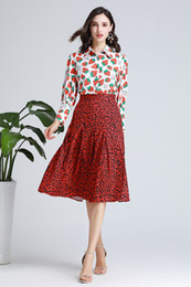 $enCountryForm.capitalKeyWord NZ - New Arrival Women's Runway Twinsets Turn Down Collar Long Sleeves Fruits Printed Shirts with Leopard Skirts Two Piece Dresses Sets