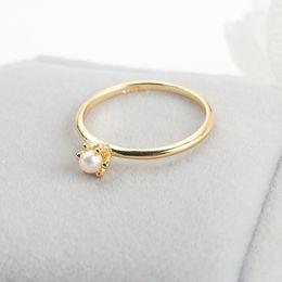 $enCountryForm.capitalKeyWord Australia - Fashion Simple Crown Design 18K Gold Plated Pearl Ring For Elegant Women Engagement Wedding Jewelry Accessories Birthday Gift Size 5-12