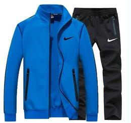 Tasarımcı Eşofman Erkekler Ter Suits görmek Sonbahar Erkek Eşofman Jogging Yapan Takım Elbise Ceket + Pantolon Setleri Sporting Suit Baskı erkekler pamuk indirimde
