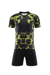 Leopard Print For Men Australia - Hot-selling commemorative M L leopard print glossy football suit for men