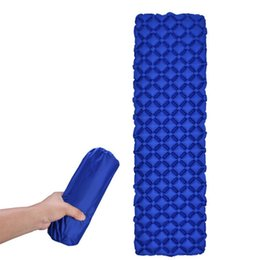 Wholesale Ultralight Outdoor Inflatable Cushion Sleeping Camping Mat Sleeping Pad Fast Filling Air Moistureproof Pad for Camping Hiking